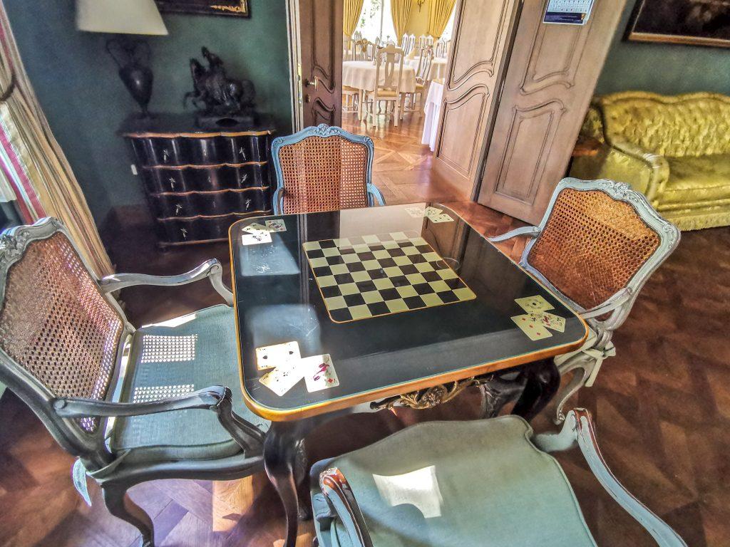 Priestory hotela, jeho izby a apartmány sú pozoruhodné vďaka prvotriednemu a luxusnému štýlu