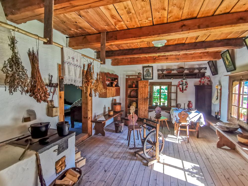 Interiér oravských domov v múzeu