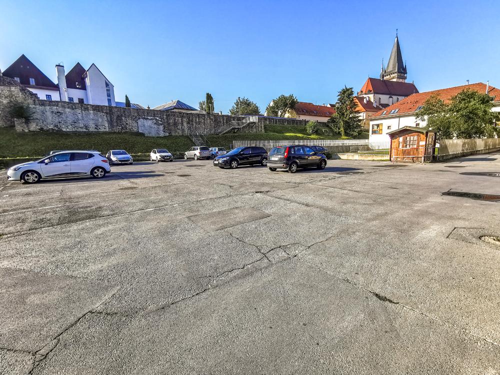 Parkovisko v Bardejove