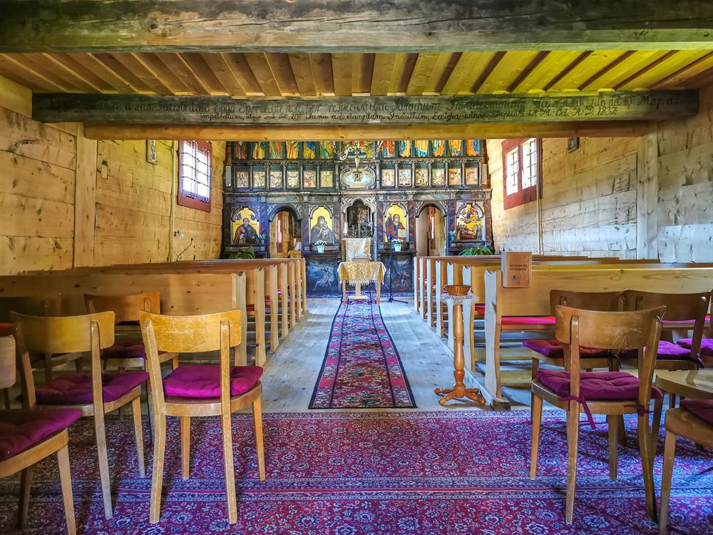 Gréckokatolícky drevený kostol z Mikulášovej
