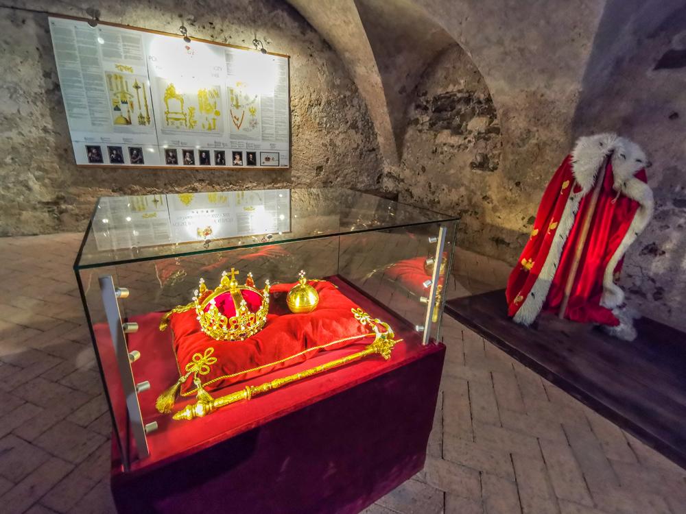 Poľské korunovačné klenoty na hrade Ľubovňa