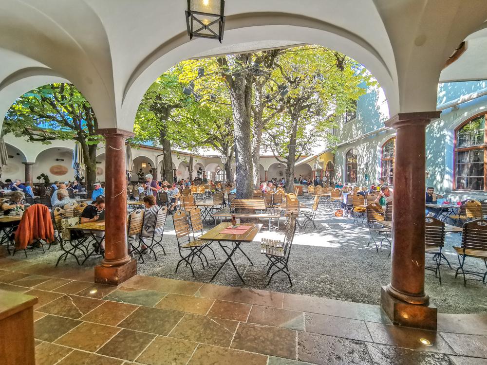 Reštaurácia Sternbräu