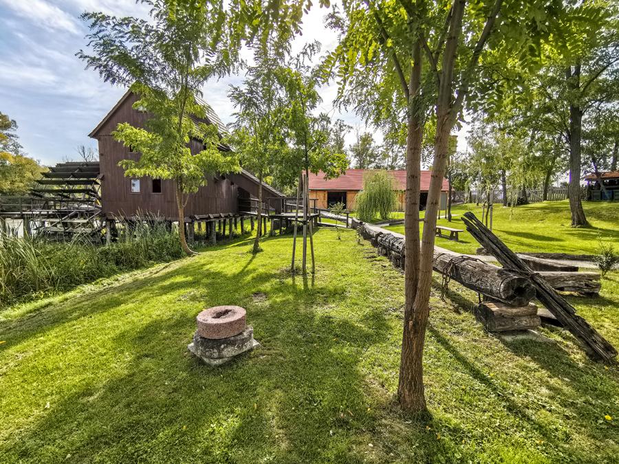 Vodný kolový mlyn Jelka