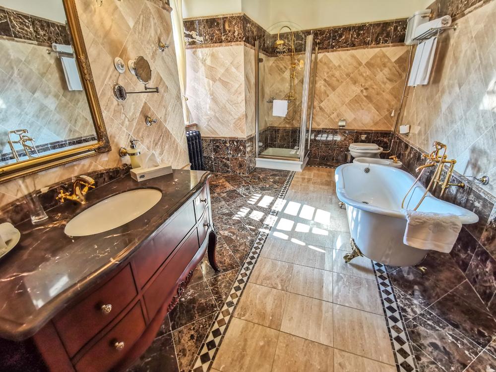 Haličský zámok - Zámocký hotel Galicia Nueva - izba