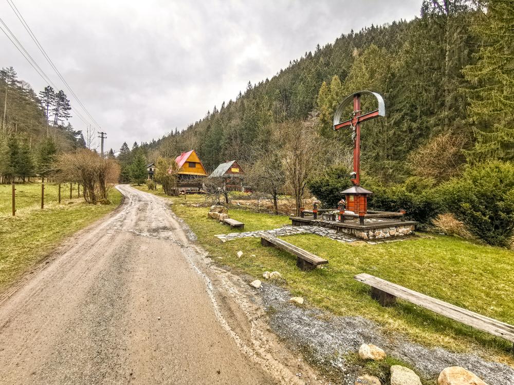 Dolina Kúr pri Krasňanoch