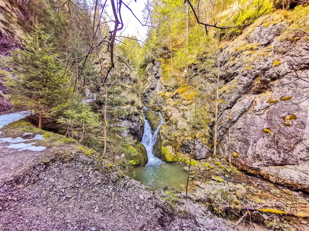 Kvačianska dolina - Nachádza sa tam niekoľko vodopádov