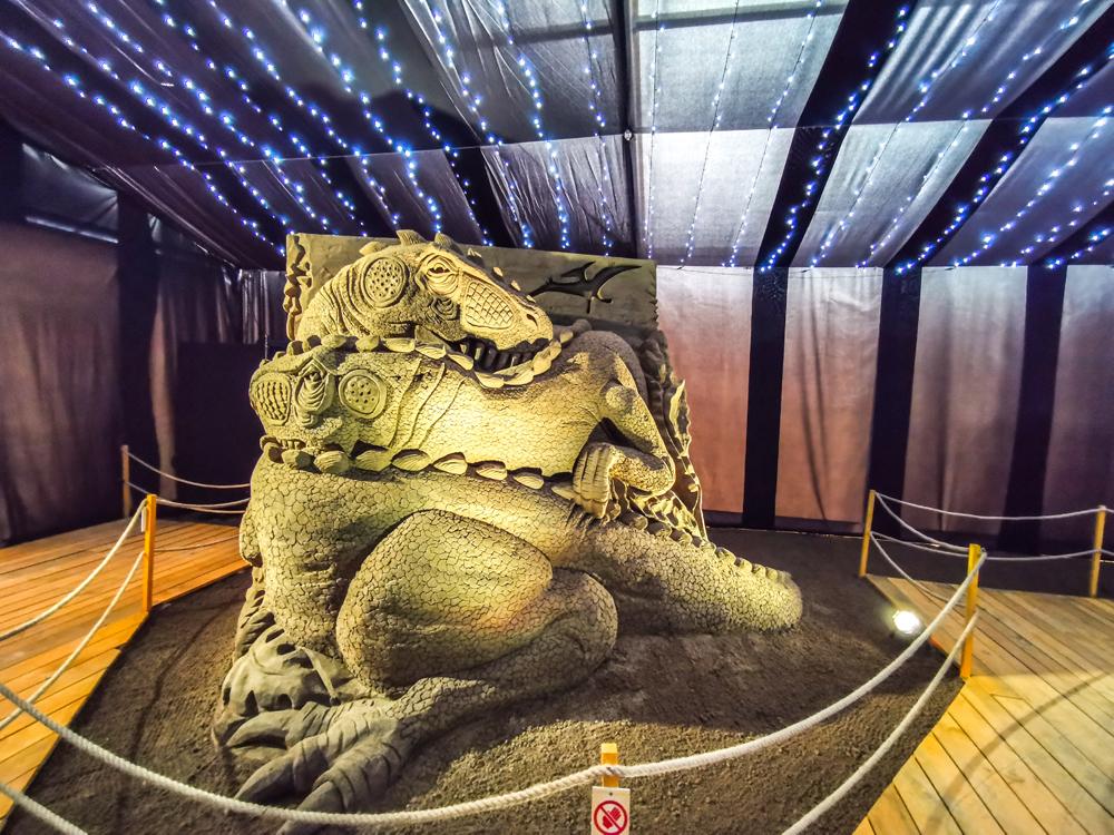 Kráľovstvo Hrabovo - Z čoho je tento drak?