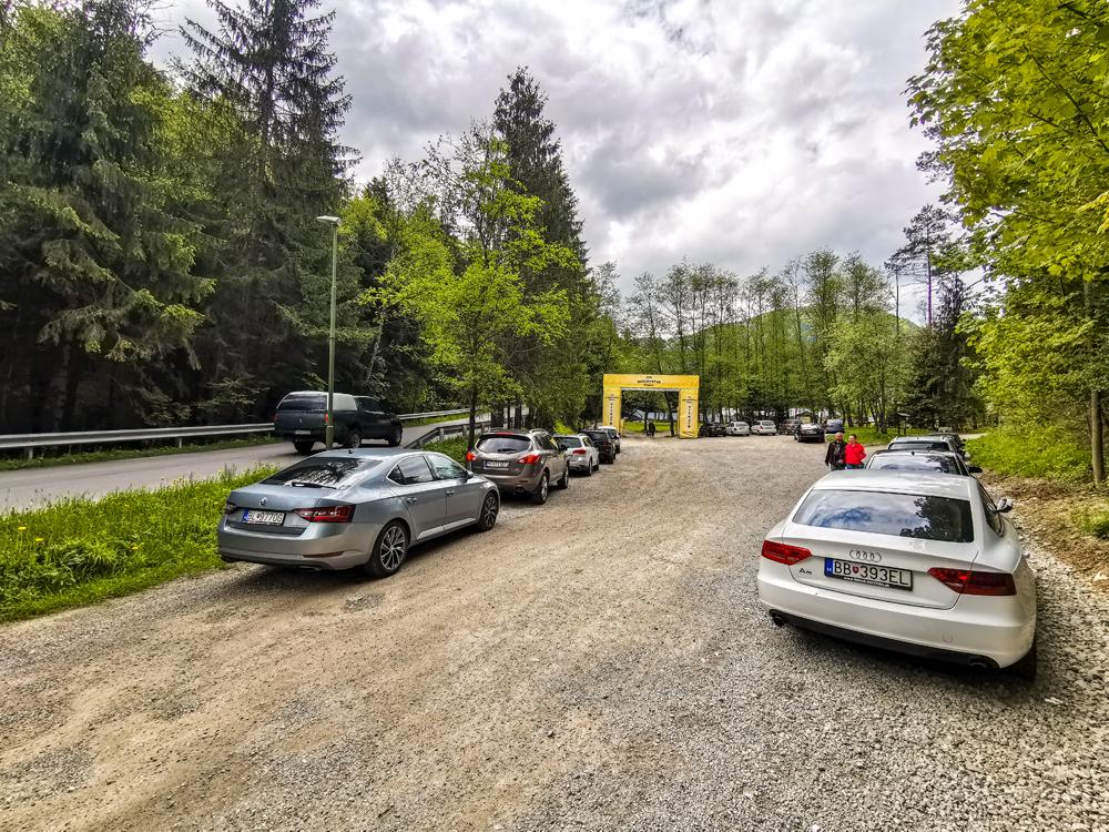 Parkovanie v Hrabove