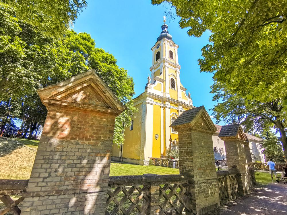 Žitný ostrov - Báč - Pútnický farský kostol sv. Antona Paduánskeho