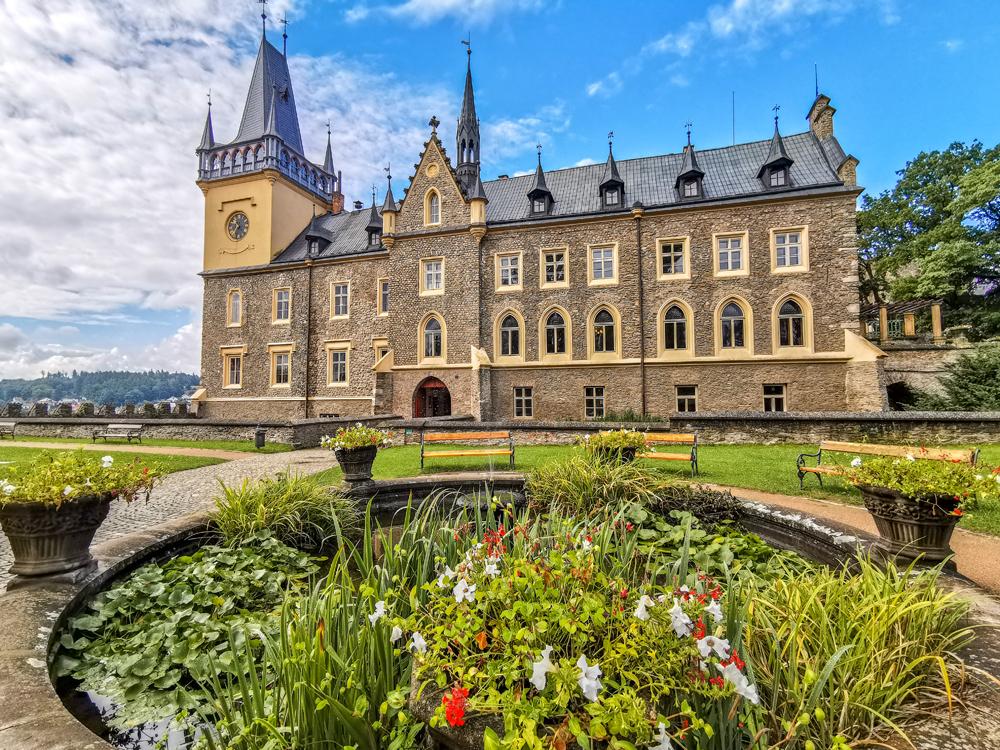 Zámky v Českej republike - Zámok Zruč nad Sázavou