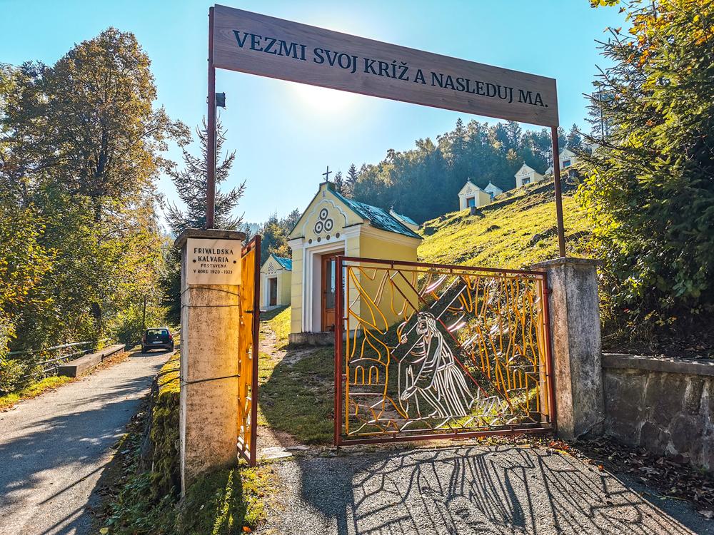 Rajecká Lesná - Frivaldská kalvária