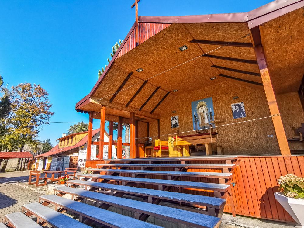 Okolie kostola